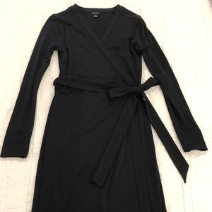 Ann Taylor black wrap dress (0)